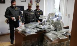 Blitz in un casolare di Montecosaro: sequestrati oltre 30 chili di droga, arrestato