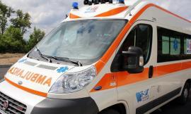 Cingoli, finisce fuori strada con la moto: centauro trasportato in Ospedale