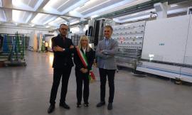 San Severino, il Sindaco Piermattei in visita all'Artigianvetro: inaugurata la giornata formativa per i tecnici (FOTO)