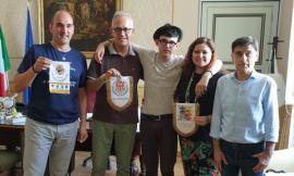 """L'""""ambasciatore del saluto"""" Lorenzo Cardone in visita a Civitanova"""