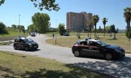 Stretta contro la contraffazione e il commercio ambulante: vasta operazione dei Carabinieri a Porto Recanati