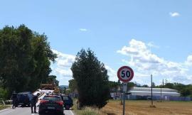 Montecassiano, tamponato all'uscita dal viale di casa: è al pronto soccorso