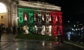 Macerata, nuova veste luminosa per lo Sferisterio: ieri la cerimonia d'inaugurazione  (VIDEO e FOTO)
