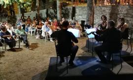 """La Filarmonica marchigiana nei territori colpiti dal sisma: il programma della rassegna """"Musica intorno"""""""