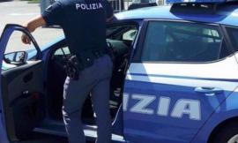 Da Ancona a Macerata in bus con 10 ovuli di cocaina nell'intestino: arrestato pusher 28enne