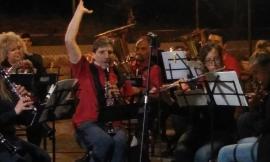 Serravalle di Chienti, la banda musicale di Camerino incanta in concerto