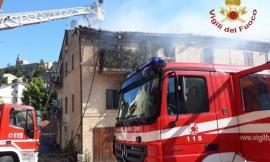Abitazione distrutta dalle fiamme a Recanati, la famiglia Falsone trova un alloggio grazie al Comune