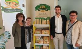 L'Assessore alla Formazione Loretta Bravi in visita a La Pasta di Camerino