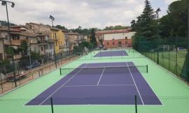 San Severino,  nuovo manto in resina acrilica per i campi da tennis di via Campo Fiera