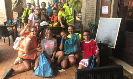Petriolo, i giovani ripuliscono il centro storico dai rifiuti abbandonati