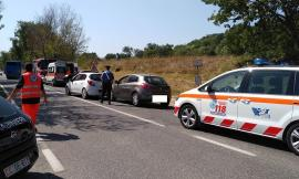 Tamponamento tra tre auto in Contrada della Pieve: in cinque all'ospedale (FOTO)