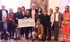 Civitanova, commedia in dialetto a scopo benefico: 6000 euro per le associazioni cittadine