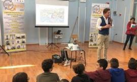 """Riciclaggio virtuoso dei rifiuti, anche Potenza Picena partecipa al progetto scolastico """"Alugame"""""""