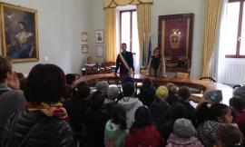 Potenza Picena, giovanissimi studenti in visita al Comune
