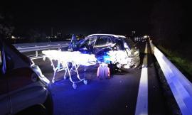 Scontro tra tre auto in superstrada: sette i feriti, tra questi anche un bambino (FOTO)