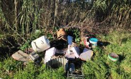 Pollenza, discarica abusiva in località Rotelli: prosegue lo scarico illecito di rifiuti
