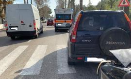 Porto Recanati, scontro tra quattro auto in viale Gramsci: coinvolti anche madre e figlio