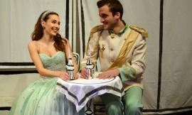 """Tolentino, sul palco del """"Vaccaj"""" torna il musical Cenerentola"""
