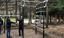 Pieve Torina, al Parco Rodari una strumentazione sportiva per il calisthenics