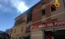 San Severino, Incendio in una palazzina: evacuati gli inquilini