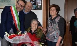 Una nuova centenaria a Macerata,Rosa Lucchetti spegne 100 candeline