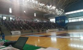 """Concorso per infermieri ad Ancona, Ceriscioli: """"La sanità ha bisogno di forza lavoro"""". Mascherine e guanti per i candidati"""