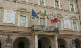 """San Severino, le luci della facciata del municipio si spengono per l'iniziativa del WWF """"Earth Hour"""""""