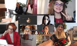 Unimc, le lauree ai tempi del Coronavirus: entro fine del mese, oltre 700 candidati discuteranno le tesi collegati da casa (VIDEO)
