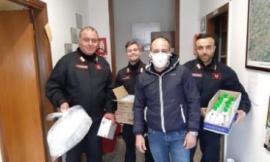 Corridonia, guanti, mascherine e disinfettanti donati alle stazioni dei Carabinieri e Polizia Locale