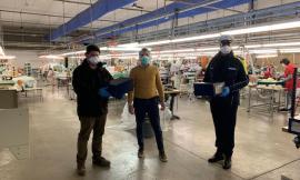 Colmurano, il Comune e l'azienda Tombolini donano mille mascherine alla cittadinanza