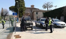 San Severino, massicci controlli delle Forze dell'ordine: verifiche nei negozi e al domicilio di chi è in quarantena