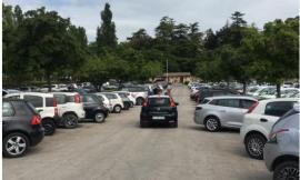 """Fase 2, weekend affollato in provincia di Macerata: 200 persone """"invadono"""" l'Abbadia di Fiastra"""