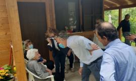 """Fiastra, Il Commissario Legnini fa visita a nonna Peppina e assicura: """"La ricostruzione si farà"""""""