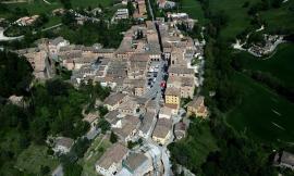 """Caldarola, il """"Restart Festival"""" parte dalle vie del centro storico con una mostra fotografica"""