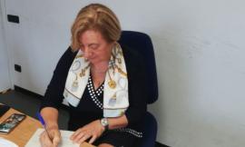 Macerata, dopo più di 30 anni a servizio delle Poste Italiane: Pisana Vecchiotti va in pensione