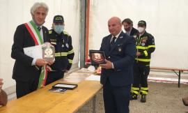 Il sindaco Parcaroli ringrazia i volontari di Macerata Soccorso: donato emblema al Comune