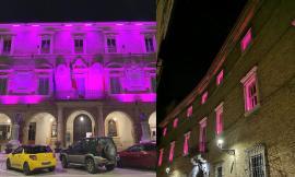 """""""Vicinanza alle donne colpite dal tumore al seno"""": San Severino e Mogliano si tingono di rosa"""