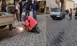 Presidente Mattarella in visita a Macerata, via ai lavori di messa in sicurezza: si saldano anche i tombini