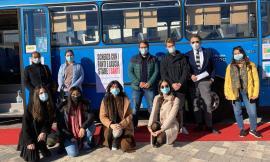 Camerino, l'arte del sisma viaggia in bus: parte la prima tappa della mostra itinerante