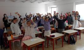 """Recanati, """"Elio e i Cacciamostri"""": la scuola primaria """"L. Lotto"""" vince il premio Enegan"""