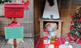 Montecassiano, a Sambucheto arriva l'Ufficio postale di Babbo Natale