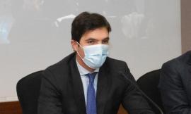 """Marche, ricorso al Tar contro l'ordinanza di Acquaroli sulle scuole: """"situazione paradossale"""""""