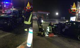 Colmurano, scontro tra una Fiat Panda e un'Alfa Romeo lungo la statale: un ferito a Torrette