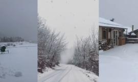 Santo Stefano imbiancato: arriva la neve nell'entroterra maceratese (VIDEO)