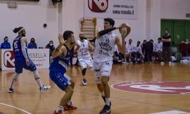 Basket, troppa Ristopro per la Virtus Civitanova: il derby tra marchigiane lo vince Fabriano