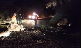 """Esanatoglia, frana lungo la provinciale """"Collamato"""": strada riaperta dopo i lavori"""