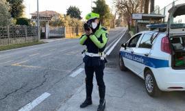 Macerata, telelaser in azione sulle vie della città: 120 veicoli multati. Beccati in 37 senza assicurazione