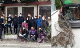 Fiastra, un gruppo di giovani residenti contribuisce alla pulizia del territorio