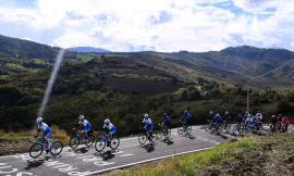 Parte il Giro-E 2021: la partenza della sesta tappa sarà a Castelsantangelo sul Nera