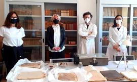 Recanati riscopre il Medioevo, lavori aperti al pubblico per il restauro dei testi di giustizia